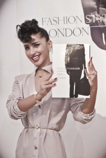 Mahtab_Jamali_Unveils_book_Fashionstyleologer_London_Street_Fashion-459x684