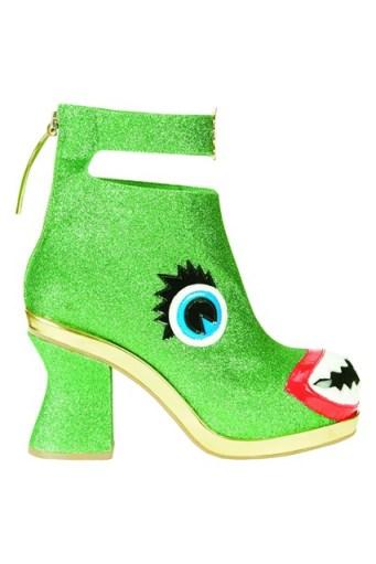 green-monster-shoe-vogue-19nov13_b_426x639